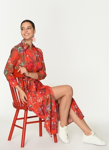 Loves You Düğmeli Çiçek Desenli Viskon Gömlek Elbise Kırmızı